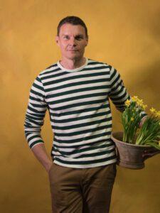 """Episode 292 LEWIS MILLER - The """"Banksy of Floral Design"""""""