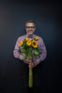 Episode 340 RICHARD EAGLETON/McQueens Flowers - Never Let A Crisis Go To Waste